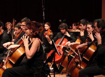 Orchesttre symphonqiue du CRD et du CRR'93 dirigé par Alexandre Grandé