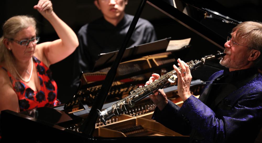 saxophoniste et pianiste